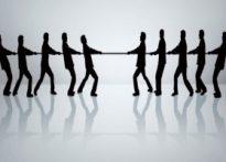 چه كسانی به اختلافات دامن میزنند؟